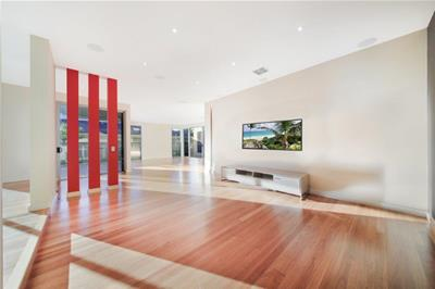 6 Seafarer Court Paradise Waters QLD
