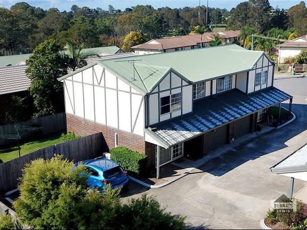 1/4 Pendlebury Court, Edens Landing  QLD  4207