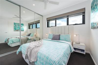 5/91 High Street Southport QLD
