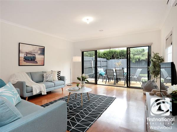 2/128B South Ring Road Werribee VIC