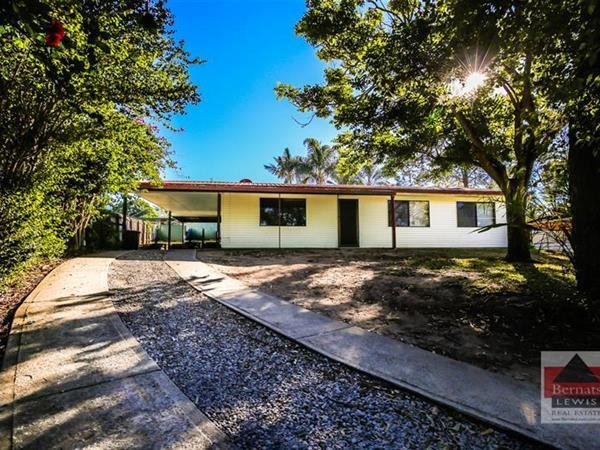12 Sandstone Court, Eagleby  QLD  4207