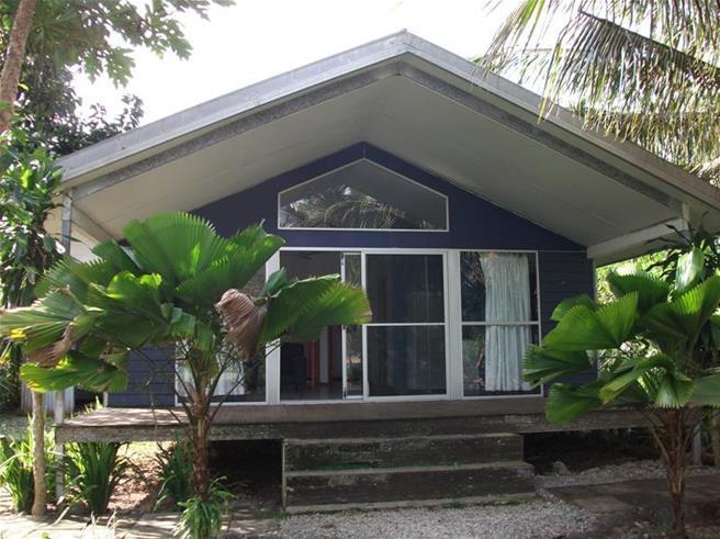 Tassiriki waterfront, (1563) Port Vila Vanuatu