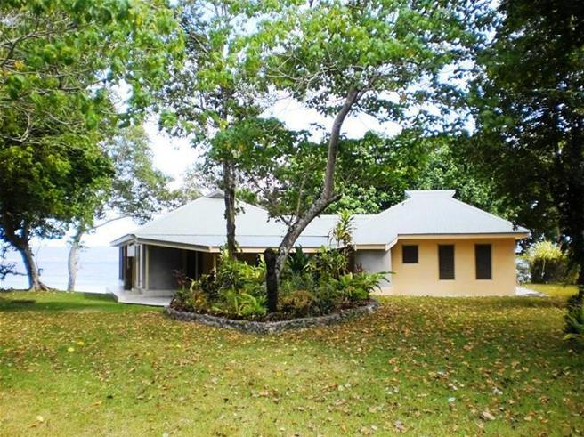 Angel Fish Cove - Pango - port vila - Vanuatu (1341) - waterfront home