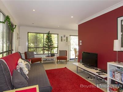 2a Birdwood Avenue Winmalee NSW