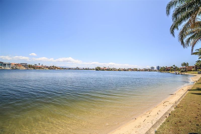 3/47 Duet Drive Mermaid Waters QLD
