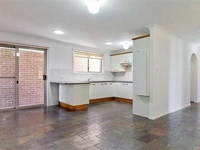 1 Lochinvar Street Winmalee NSW