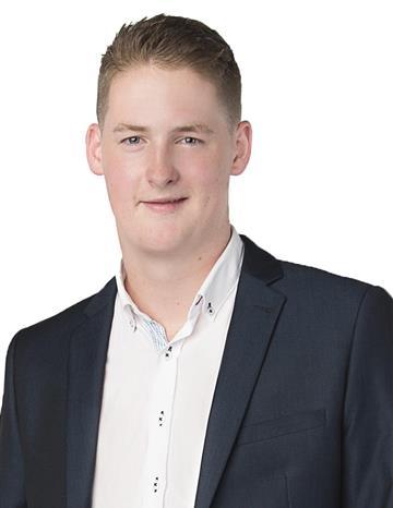 Chris  Stroud