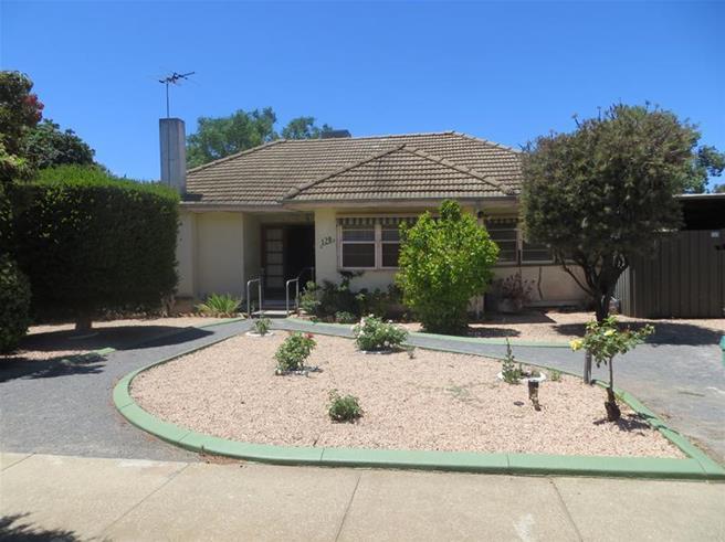 128 Pasadena Grove Mildura VIC