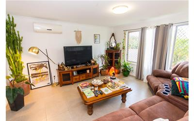 1 Marimar Place Highland Park QLD