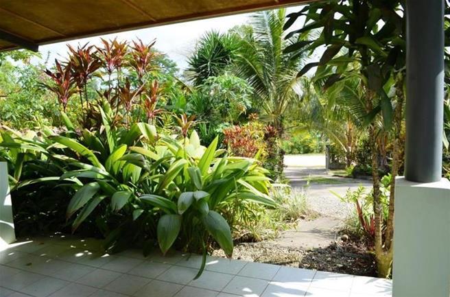 Malapoa, (276) Port Vila Vanuatu