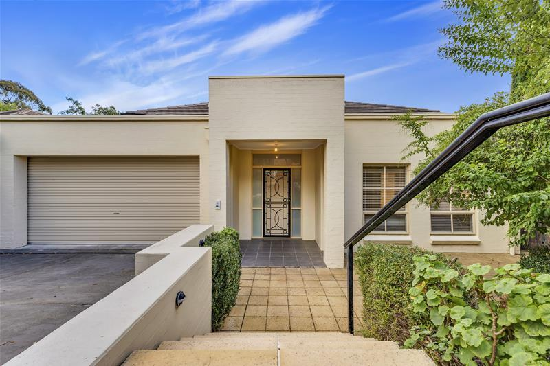 8 Barretts Road Torrens Park SA
