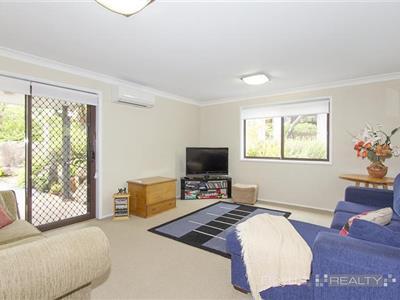 73 Bee Farm Road Springwood NSW