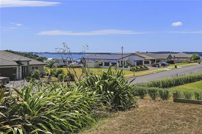 9 Vantage Place Omokoroa NZ