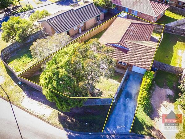 9 Dowling Crescent, Eagleby  QLD  4207
