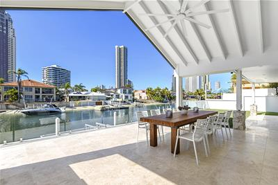 17 Seafarer Court Paradise Waters QLD