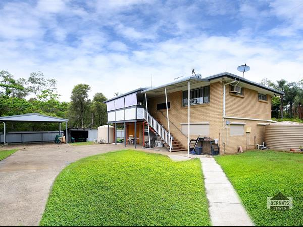 3 Malin  Court, Eagleby  QLD  4207