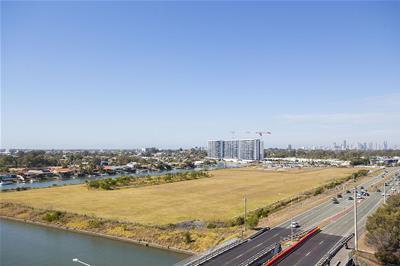 1808/25-31 East Quay Drive Biggera Waters QLD